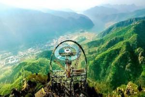 膽小懼高慎入!世界最大懸空玻璃觀景台