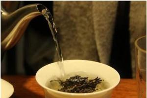 【泡茶需要有合適的水溫,那飲茶的溫度該如何把握? 】... - 孫紅茶行 Sun Home Tea | Facebook