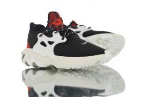 nike react presto 彈性網眼鞋面情侶款慢跑鞋 黑白紅_nike epic react_Nike鞋子_運動鞋子_adidas originals|adidas官方目錄,愛迪達鞋子,愛迪達外套-adidas官方網台灣