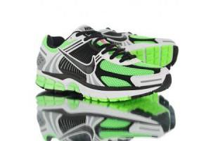 nike air zoom vomero 5 sp 透氣網面男款復古氣墊運動鞋 綠灰黑白_nike running_Nike鞋子_運動鞋子_adidas originals|adidas官方目錄,愛迪達鞋子,愛迪達外套-adidas官方網台灣