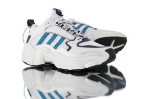 adidas originals magmur runner 時尚復古透氣情侶款運動老爹鞋 白深藍水藍_adidas慢跑鞋_Adidas鞋子_運動鞋子_adidas originals|adidas官方目錄,愛迪達鞋子,愛迪達外套-adidas官方網台灣