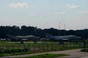 日本/茨城百里空港,遠處瞄見戰機 | u 值媒