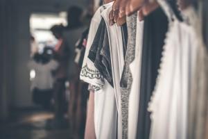 服飾店批發賺錢經驗談 嫁接美人計塑身衣後 利潤提高了 - 貞愛美體美學