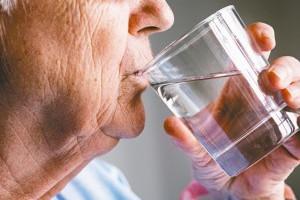 提神不靠咖啡!腎臟科醫師:喝對2杯水保證精神百倍 | 健康知識+ | 新聞 | 元氣網