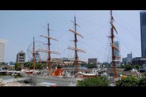 Jeff & Jill 的足跡: 日本丸紀念公園 ─ 帆船日本丸、横浜港博物館