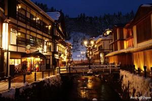 【日本】銀山溫泉 浪漫的雪中散步